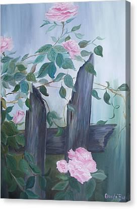 Roses Canvas Print by Glenda Barrett