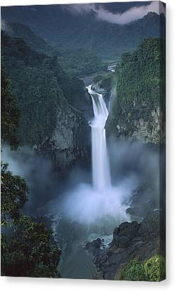 San Rafael Falls On The Quijos River Canvas Print by Pete Oxford