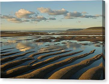Saunton Sands Devon Canvas Print by Pete Hemington