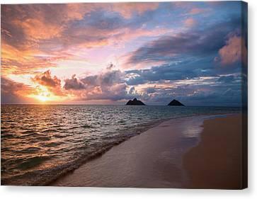 Sunrise At Lanikai Beach  Kailua Canvas Print