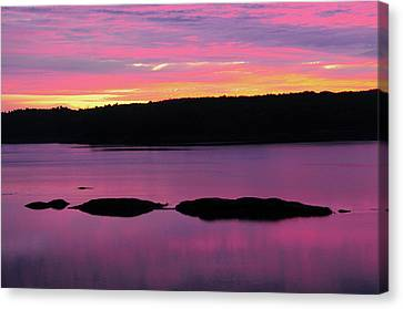 Sunrise On The New Meadows River Canvas Print by Michel Hersen