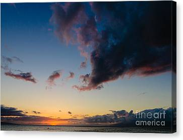 Sunset On Kaanapali Maui Hawaii Usa Canvas Print