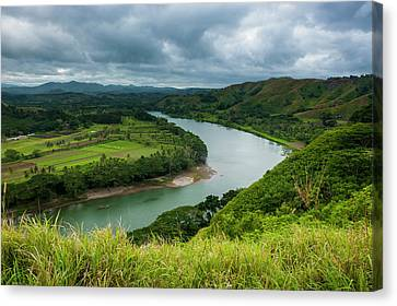 Tavuni Hill Fort Overlooking Canvas Print by Michael Runkel