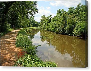 The Chesapeake And Ohio Canal Canvas Print by Cora Wandel