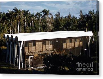 The Vereen House By Architect Robert Bradford Browne Canvas Print by The Harrington Collection