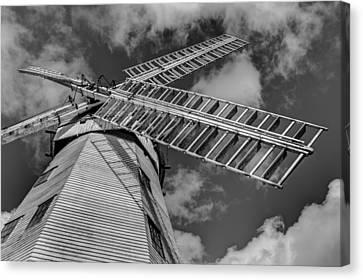 Upminster Windmill Essex England Canvas Print by David Pyatt