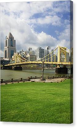 Usa, Pennsylvania, Pittsburgh Canvas Print by Jaynes Gallery