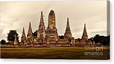 Wat Chaiwatthanaram Ayutthaya  Thailand Canvas Print by Fototrav Print