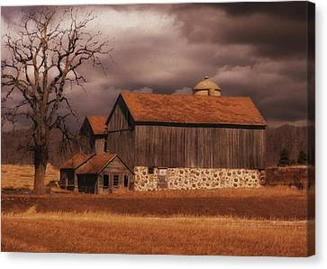 Wood Shed Canvas Print - Wisconsin Barn by Jack Zulli