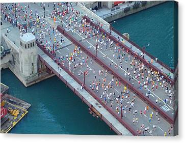 Canvas Print featuring the photograph 2008 Chicago Marathon by Kay Gilley