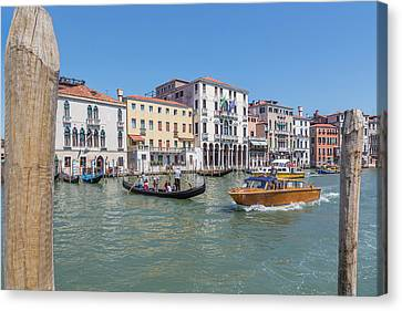 Venice, Italy Canvas Print by Ken Welsh