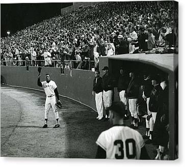 San Francisco Giant Canvas Print - Willie Mays by Retro Images Archive
