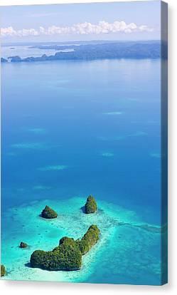 Rock Islands, Palau Canvas Print by Keren Su