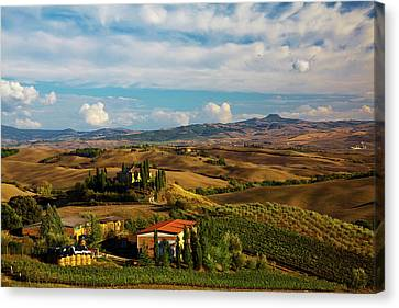 Europe, Italy, Tuscany, San Quirico Canvas Print by Terry Eggers