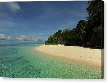 Malaysia, Borneo, Semporna Archipelago Canvas Print