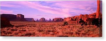 Monument Valley, Utah, Usa Canvas Print