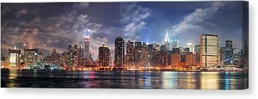 New York City Manhattan Midtown At Dusk Canvas Print