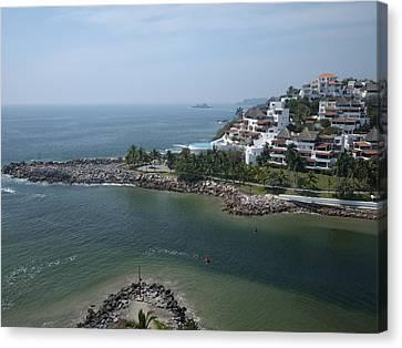 Playa El Palmar, Ixtapa Canvas Print