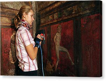 Restoration Of Roman Frescoes Canvas Print by Pasquale Sorrentino