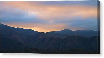Sunrise Sky In Cades Cove Tennessee Canvas Print by Dan Sproul