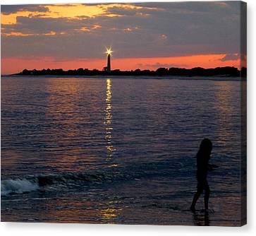 Sunset Magic Canvas Print by Glenn McCurdy