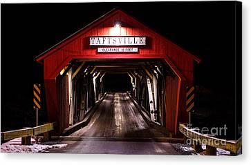 The Rebuilt Taftsville Covered Bridge. Canvas Print