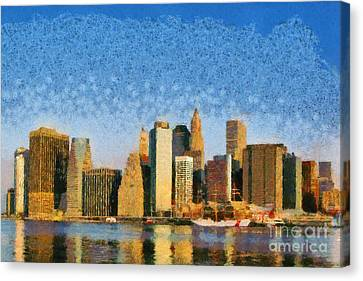 View Of Manhattan From Brooklyn Heights During Sunrise Canvas Print
