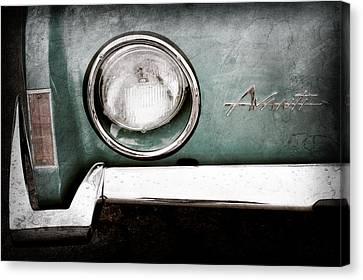 1963 Studebaker Avanti Emblem Canvas Print