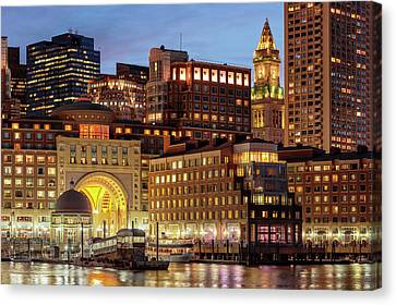 Custom House Tower Canvas Print - Boston by Babak Tafreshi