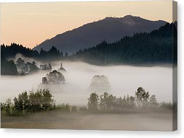 Canada, British Columbia, Vancouver Canvas Print by Kevin Oke
