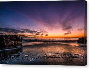 4 Mile Beach Sunset Canvas Print by Linda Villers