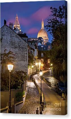 Montmartre Twilight Canvas Print by Brian Jannsen