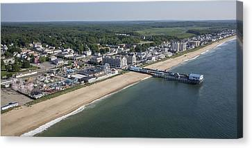 Old Orchard Beach, Maine Canvas Print by Dave Cleaveland
