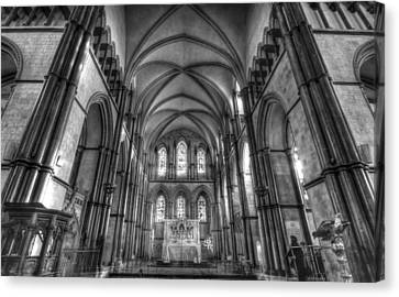 Rochester Cathedral Interior Hdr. Canvas Print