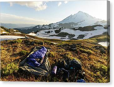 Washington, Cascade Mountains Canvas Print by Matt Freedman