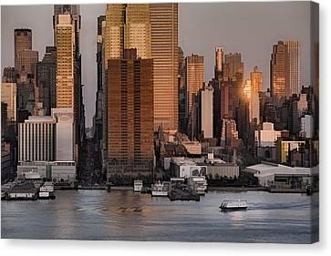 42nd Street Times Square Canvas Print by Susan Candelario