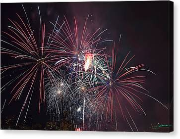 4th Of July Fireworks Portland Oregon 2013 Canvas Print