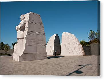 Martin Luther King Jr Memorial Canvas Print by Lee Foster