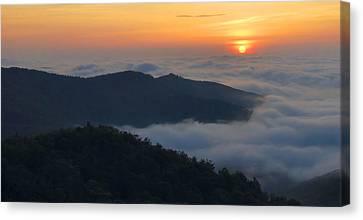Shenandoah Sunrise Canvas Print by Stephen  Vecchiotti