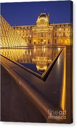Musee Du Louvre Canvas Print by Brian Jannsen