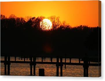 Sunset Over Chesapeake Bay Canvas Print by Valia Bradshaw