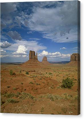 Usa, Arizona, Monument Valley, Navajo Canvas Print by Tips Images