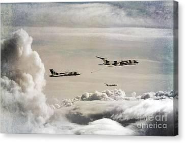 607 Refuelling Canvas Print by J Biggadike