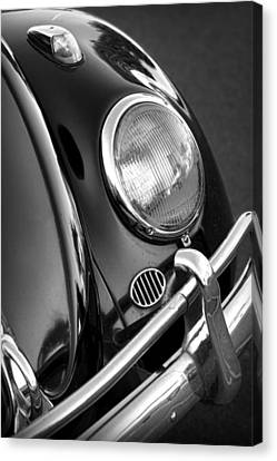 '65 Vw Beetle Canvas Print by Gordon Dean II