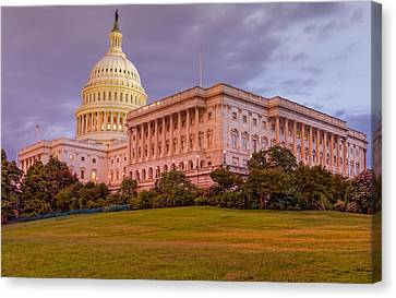 Canvas Print featuring the photograph Capitol Building by Peter Lakomy