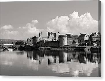 King John's Castle Limerick Ireland Canvas Print by Pierre Leclerc Photography