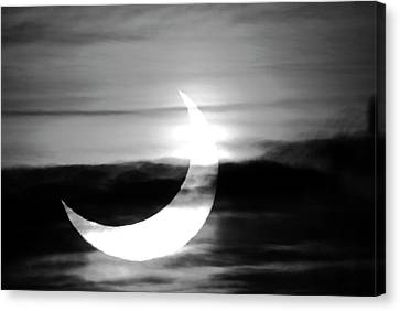 Solar Eclipse Canvas Print by Detlev Van Ravenswaay