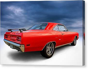 '70 Roadrunner Canvas Print by Douglas Pittman