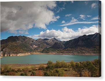 Spain, Castilla Y Leon Region, Leon Canvas Print
