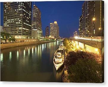 Usa, Illinois, Chicago Canvas Print by Jaynes Gallery